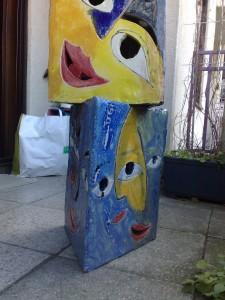Maske Statue unten
